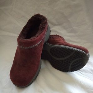Merrell Encore ice Air cushion- Size 9 (EUC)